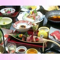 グレードアップのお食事『特選懐石膳』の一例