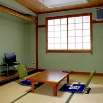 【和室7.5畳一例】畳に足を伸ばしての〜んびりお寛ぎ下さい♪