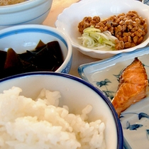 【朝食(一例)】