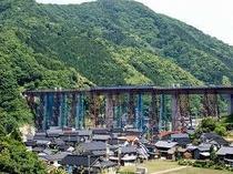 現在の余部鉄橋です。7月17日で旧鉄橋は役目を終えます。