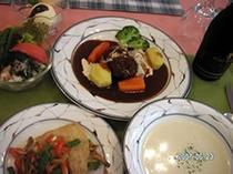 採りたて自家製野菜を使った自慢の洋食フルコース