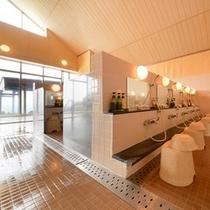 和風浴室の「内風呂の洗い場」