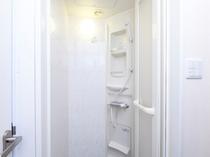 シャワーブース(ツインBのお部屋のみ)
