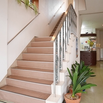 *館内一例/館内の移動は階段となりエレベーターはございませんのでご了承下さい。