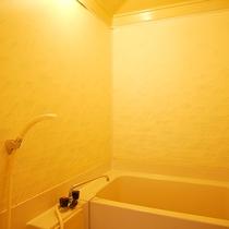 *2階和室10畳一例/全てのお部屋に便利なユニットバス付きです。