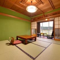 *和室8畳(客室一例)/畳の香りがほのかに薫るお部屋で団欒のひと時をお過ごし下さい。