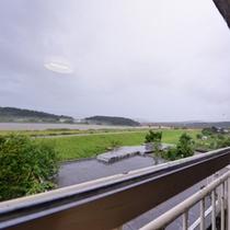 *お部屋からの景観/長閑な新潟の田園風景が広がります。