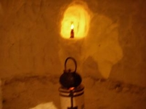 かまくら 内観 ランプの日が灯る