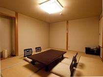 清潔で静かな和室です。