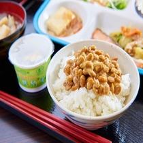 健康朝食:有機納豆