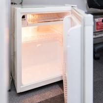 客室:冷蔵庫2