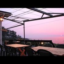 館内の風景 夕日2