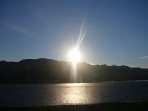 宿裏手堤防より北上川の日の出