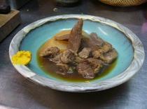 たあ坊の牛タン角煮
