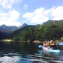 【カヌー体験】豊かな自然に囲まれた屋久島を満喫!ゆったりカヌーで海と川を楽しむ