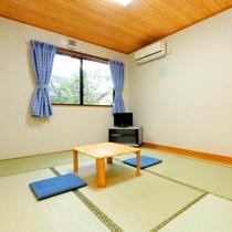 【別館和室6畳】1人・2人旅に最適な広さの和室です。 落ち着いた時間をお過ごしください。