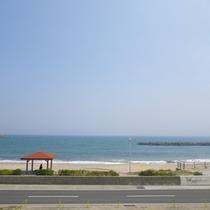 *【周辺】目の前には河原子海岸!なんと徒歩約5秒♪