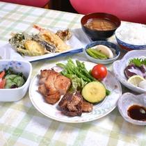*お夕食一例/メインディッシュはチキン&ステーキ!新潟の旬味をごゆっくりご賞味下さい。