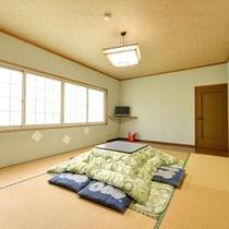 *和室12畳(客室一例)/ファミリーやグループでのご宿泊に◎団欒のひと時をお過ごし下さい。