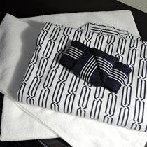 *客室一例/タオル、バスタオル、浴衣、スリッパ完備。※歯ブラシセットはフロントにてお声掛け下さい。