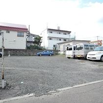 *駐車場/ホテル近くの提携駐車場。普通車は駐車代無料!
