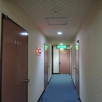 *館内一例/5階建て、全20室のビジネスホテルです。