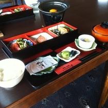 【ご朝食】:栄養満点♪1