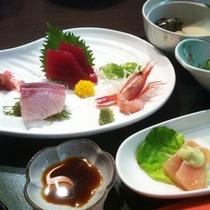【ご夕食】:ボリューム満点♪4