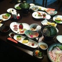 【ご夕食】:ボリューム満点♪2