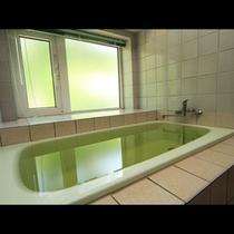 *「トーカン岩手山温泉」と呼ばれるアルカリ性単純温泉
