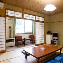 8畳和室部屋(本館)
