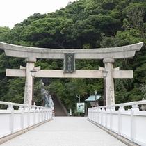 竹島の入口の鳥居