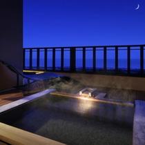 雪タイプ露天風呂の夜の様子
