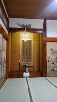 広間(座敷)の床の間の正月飾り