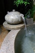【貸切風呂】乙女の湯のユニークな急須の湯口/乙女の湯