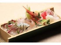 【夕食】天草産刺身盛り合わせ
