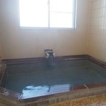 *大浴場(女性用)/ゆっくり浸かってスキーやトレッキングのお疲れをリフレッシュ。