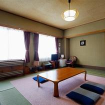 *和洋室一例/和室部分は6畳。グループ、ファミリーにも安心の広さです。