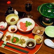 *夕食一例/川魚塩焼きや地元で採れる山菜やキノコなど、阿仁地方の伝統食をご堪能下さい。