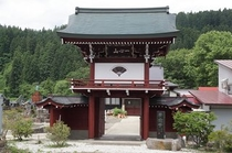 阿仁合 専念寺の山門