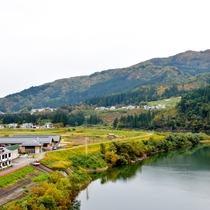 *尾瀬沼に源を発する只見川と奥会津の自然を一望!