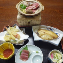 *夕食一例/旬のお魚料理等お楽しみ頂けます