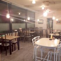 *レストラン/清潔感のある明るい空間