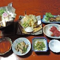 【夕食/一例】土壌豊かな土地ならではの田舎料理をお召し上がりください。