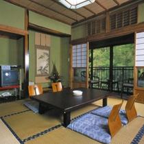 *お部屋一例 マイナスイオンたっぷり。自然に囲まれた純和風のお部屋です。