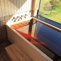 客室ひのき風呂一例