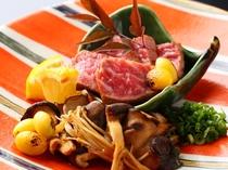 【季節限定】牛肉のステーキキノコいっぱいソース1,500円もいかがでしょうか。