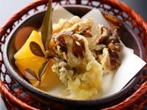 【季節限定】舞茸の天ぷら350円。出来立てあつあつでご提供いたします。
