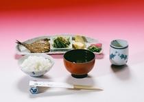 和食(自家製味噌)水、金、日曜日のみ