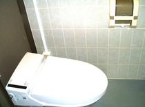 全自動洋式トイレ(1F)